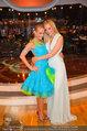 Dancing Stars - ORF Zentrum - Fr 09.05.2014 - Melanie BINDER mit Schwester Mirjam WEICHSELBRAUN4