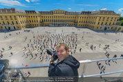 Foto Flashmob - Schloss Schönbrunn - Sa 10.05.2014 - Manfred BAUMANN1