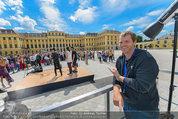 Foto Flashmob - Schloss Schönbrunn - Sa 10.05.2014 - Manfred BAUMANN28