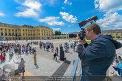 Foto Flashmob - Schloss Schönbrunn - Sa 10.05.2014 - Manfred BAUMANN30
