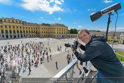 Foto Flashmob - Schloss Schönbrunn - Sa 10.05.2014 - Manfred BAUMANN35