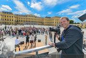 Foto Flashmob - Schloss Schönbrunn - Sa 10.05.2014 - Manfred BAUMANN7