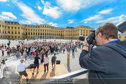 Foto Flashmob - Schloss Schönbrunn - Sa 10.05.2014 - Manfred BAUMANN8