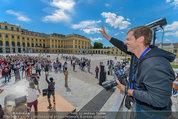 Foto Flashmob - Schloss Schönbrunn - Sa 10.05.2014 - Manfred BAUMANN9