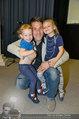 Promi Modenschau - Kulturhaus Hirtenberg - Sa 10.05.2014 - Helge PAYER mit Kindern Mina-Amelie und Lena KULOVITS12