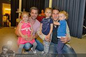 Promi Modenschau - Kulturhaus Hirtenberg - Sa 10.05.2014 - Helge PAYER Kinder Mina-Amelie, Lena KULOVITS,Andreas SEIDL Levi16