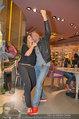 Red Shoes Day - Humanic Wien - Di 20.05.2014 - Sylvia GRAF, Erich ALTENKOPF28