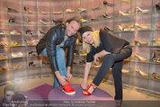 Red Shoes Day - Humanic Wien - Di 20.05.2014 - Sylvia GRAF, Erich ALTENKOPF29