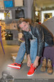 Red Shoes Day - Humanic Wien - Di 20.05.2014 - Erich ALTENKOPF6
