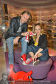 Red Shoes Day - Humanic Wien - Di 20.05.2014 - Erich ALTENKOPF, Lilian Billie KLEBOW7