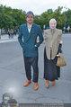 LB Celebration Konzert Red Carpet - Burgtheater - Fr 30.05.2014 - Vivienne WESTWOOD mit Ehemann Andreas KRONTHALER56
