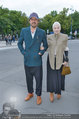 LB Celebration Konzert Red Carpet - Burgtheater - Fr 30.05.2014 - Vivienne WESTWOOD mit Ehemann Andreas KRONTHALER57