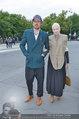 LB Celebration Konzert Red Carpet - Burgtheater - Fr 30.05.2014 - Vivienne WESTWOOD mit Ehemann Andreas KRONTHALER58