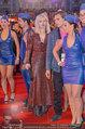 Lifeball Red Carpet (VIP) - Rathaus - Sa 31.05.2014 - Courtney LOVE102