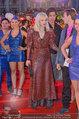 Lifeball Red Carpet (VIP) - Rathaus - Sa 31.05.2014 - Courtney LOVE103