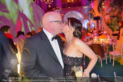 Lifeball Party (VIP) - Rathaus - Sa 31.05.2014 - DJ �TZI Gerry FRIEDLE mit Ehefrau Sonja (Kussfoto)45