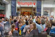 Guido Maria Kretschmer - Triumph - Fr 20.06.2014 - Guido Mario KRETSCHMER gibt Autogramme62