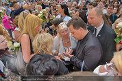 Guido Maria Kretschmer - Triumph - Fr 20.06.2014 - Guido Mario KRETSCHMER gibt Autogramme72