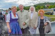 Sonnwendfahrt - Wachau - Sa 21.06.2014 - Erwin PR�LL mit Ehefrau Elisabeth, Karl MERKATZ mit Martha21