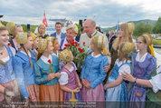 Sonnwendfahrt - Wachau - Sa 21.06.2014 - Erwin PR�LL mit Ehefrau Elisabeth (Sissi) und Kinderchor30