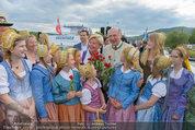 Sonnwendfahrt - Wachau - Sa 21.06.2014 - Erwin PR�LL mit Ehefrau Elisabeth (Sissi) und Kinderchor31