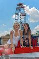 Christina Stürmer - Walk of Fame Madame Tussauds - Di 01.07.2014 - Christina ST�RMER mit Marylin Monroe Figur3