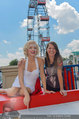 Christina Stürmer - Walk of Fame Madame Tussauds - Di 01.07.2014 - Christina ST�RMER mit Marylin Monroe Figur7
