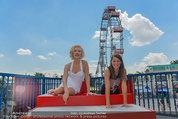 Christina Stürmer - Walk of Fame Madame Tussauds - Di 01.07.2014 - Christina ST�RMER mit Marylin Monroe Figur8
