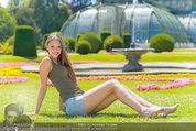 Miss Austria Fotoshooting - Schlosspark Schönbrunn - Fr 04.07.2014 - Julia FURDEA1