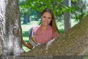 Miss Austria Fotoshooting - Schlosspark Schönbrunn - Fr 04.07.2014 - Julia FURDEA17