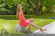 Miss Austria Fotoshooting - Schlosspark Schönbrunn - Fr 04.07.2014 - Julia FURDEA28