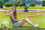 Miss Austria Fotoshooting - Schlosspark Schönbrunn - Fr 04.07.2014 - Julia FURDEA57