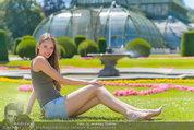 Miss Austria Fotoshooting - Schlosspark Schönbrunn - Fr 04.07.2014 - Julia FURDEA58