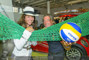 Promi Beachvolleyball KickOff - MegaDenzel Erdberg - Mo 14.07.2014 - Vera RUSSWURM, Frenkie SCHINKELS29