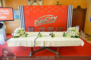 Lindsey Lohan PK und Autogrammstunde - PlusCity Linz - Sa 26.07.2014 - 1