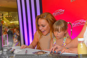 Lindsey Lohan PK und Autogrammstunde - PlusCity Linz - Sa 26.07.2014 - Lindsey LOHAN103