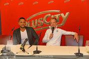 Lindsey Lohan PK und Autogrammstunde - PlusCity Linz - Sa 26.07.2014 - Oliver POCHER, Kena AMOA11