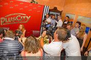 Lindsey Lohan PK und Autogrammstunde - PlusCity Linz - Sa 26.07.2014 - 34