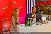Lindsey Lohan PK und Autogrammstunde - PlusCity Linz - Sa 26.07.2014 - Lindsey LOHAN75