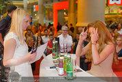 Lindsey Lohan PK und Autogrammstunde - PlusCity Linz - Sa 26.07.2014 - Lindsey LOHAN85