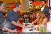 Lindsey Lohan PK und Autogrammstunde - PlusCity Linz - Sa 26.07.2014 - Lindsey LOHAN87