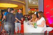 Lindsey Lohan PK und Autogrammstunde - PlusCity Linz - Sa 26.07.2014 - Lindsey LOHAN88