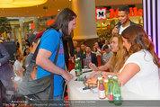 Lindsey Lohan PK und Autogrammstunde - PlusCity Linz - Sa 26.07.2014 - Lindsey LOHAN89
