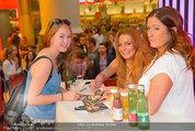 Lindsey Lohan PK und Autogrammstunde - PlusCity Linz - Sa 26.07.2014 - Lindsey LOHAN95