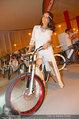 Weisses Fest - PlusCity Linz - Sa 26.07.2014 - Gitta SAXX auf Fahrrad (e-bike)27