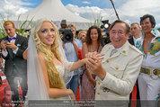 Lugner Verlobung - Casino Velden - Fr 01.08.2014 - Richard LUGNER, Spatzi Cathy SCHMITZ101