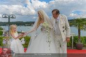 Lugner Verlobung - Casino Velden - Fr 01.08.2014 - Richard LUGNER, Spatzi Cathy SCHMITZ mit Tochter Leonie112