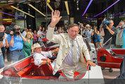 Lugner Verlobung - Casino Velden - Fr 01.08.2014 - Ankunft Richard LUGNER mit Thunderbird Cabrio13