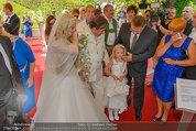 Lugner Verlobung - Casino Velden - Fr 01.08.2014 - Richard LUGNER, Spatzi Cathy SCHMITZ mit Tochter Leonie55