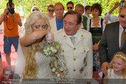 Lugner Verlobung - Casino Velden - Fr 01.08.2014 - Richard LUGNER, Spatzi Cathy SCHMITZ mit Tochter Leonie61